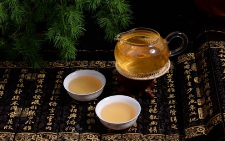 普洱茶生茶茶汤