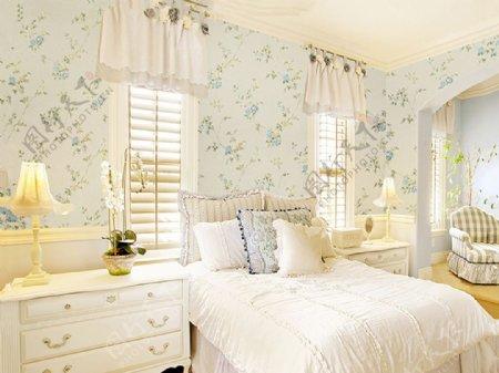 蓝玫瑰墙纸卧室装修效果图