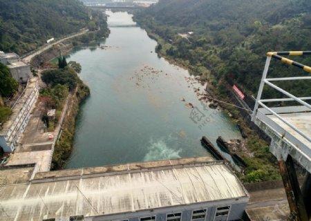 新丰江水电站大坝俯视