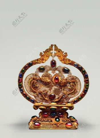 鎏金蕾丝双龙戏珠摆件