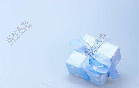 蓝色大礼包图片