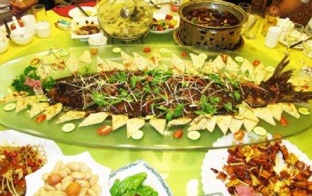 北京红旗村全鱼宴图片