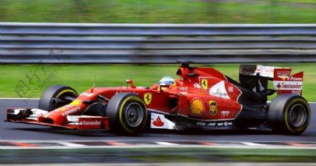法拉利赛跑赛道白天图片