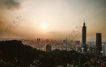 远眺台北日落风景图片