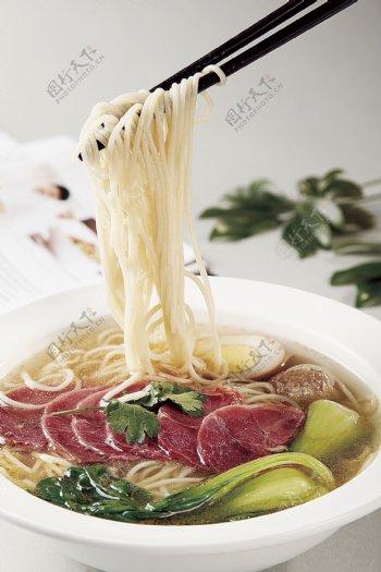 清汤牛肉面图片