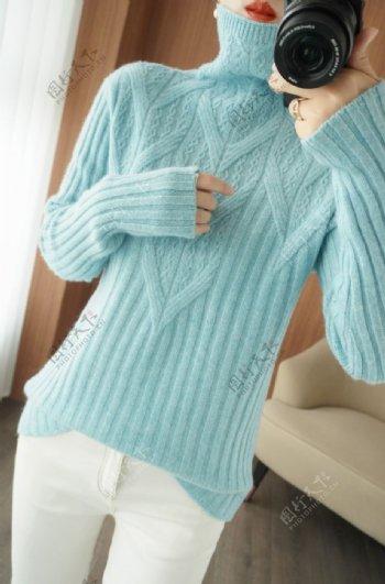 浅蓝毛衣图片