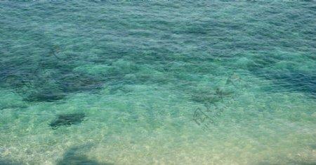 碧绿的海水背景素材图片