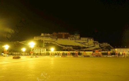 布达拉宫冬晨图片