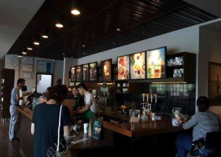 咖啡店内图片