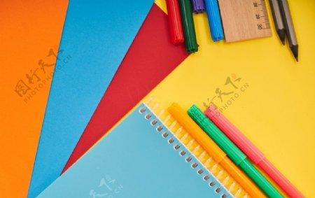 教育绘画鲜明背景图片