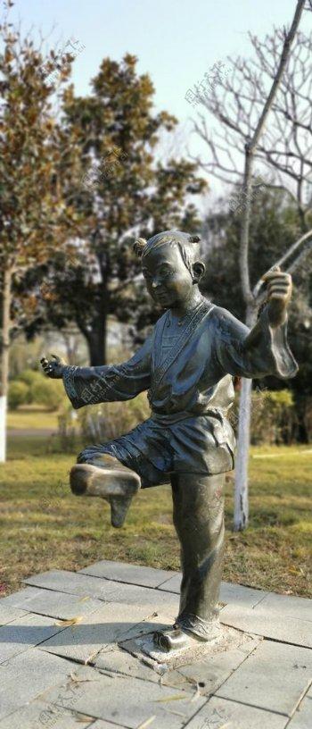 人物雕塑图片